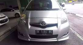 Toyota Yaris s limited 2011 a/t