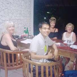 Kursus bahasa Inggris dan Indonesia