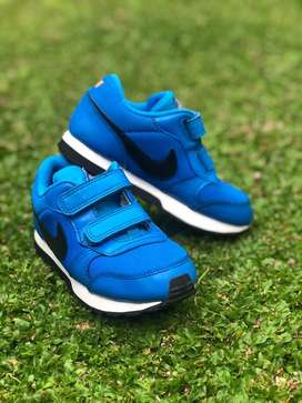 sepatu nike ori anak like new sz 27 (16cm)