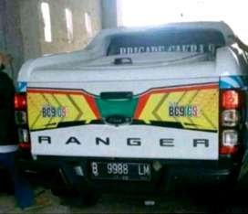 tutup bak full box ranger warna putih