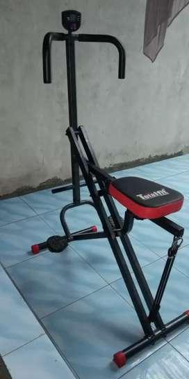 Alat fitnes sit-up Multifungsi New power rider squad