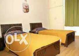 BEST PG available sector=62 & 63 all facility furnished room Rs-3999