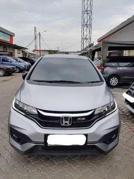 "Honda New Jazz RS AT Thn 2018 Abu"" Bulan Metalik"