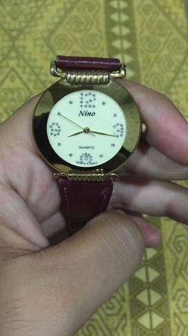 Nino Watch 18kt gold plated (Excellent Condition)