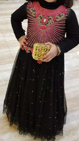 Black full Maxi for 5 years old girl