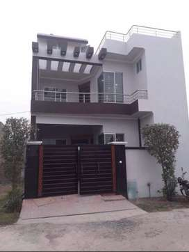 5 marla lower portion for rent in sunny park 21000text me on whats app