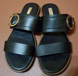 Sandal plat VNC