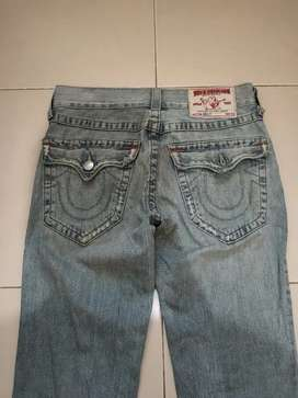 celana jeans TRUE RELIGION original  sec. Billy size 32