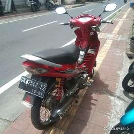 Susuki shogun 125 thn 2004 bali dharma.motor