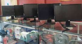 """18.5""""LCD monitor for sell Rs.2500 Branded LG"""