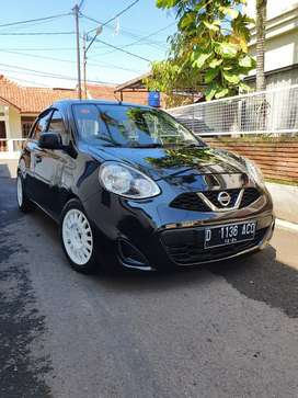 Nissan March 1.2 L AT