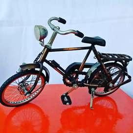 Miniatur Sepeda Ontel Classic