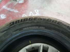 Innova crysta tyres