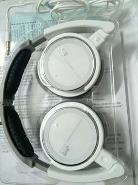 JVC Headphone s360