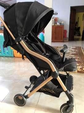 Gogo stroller black gold