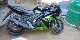 Yamaha- R15, 150CC, GREEN BLACK COLOUR