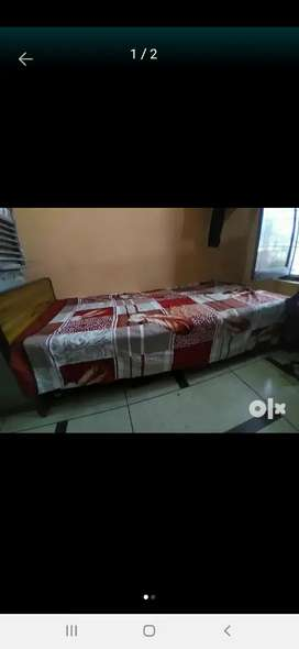 Single bed without box