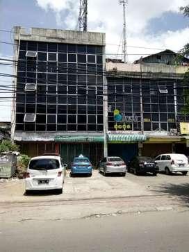 Ruko di Jl Dr. Saharjo Menteng Atas Jakarta Selatan jual cepat