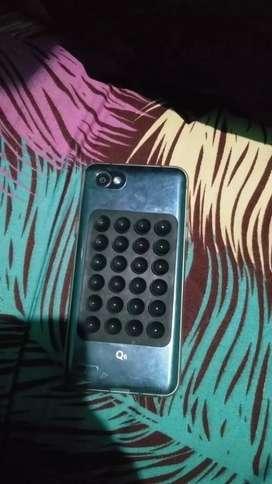 LG Q 6 3/32gb,minus Tc retak tapi aman gada kendala,kotak ada