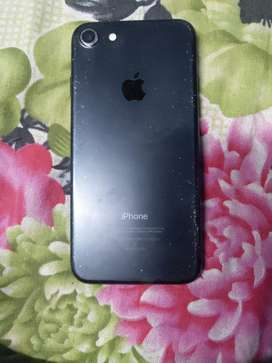 3years old iphone 7 well maintained only phone will provide