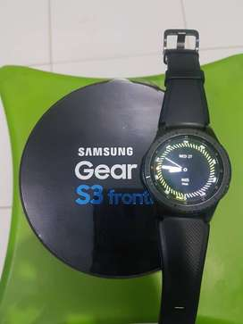 Jam tangan Samsung Galaxy watch