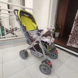 Baby pram in very good condition
