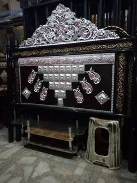 Deal all types of iron bed and wood bed