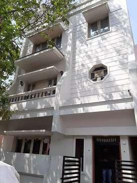 Luxurious 4 Bhk independent house for rent in Vijayanagar