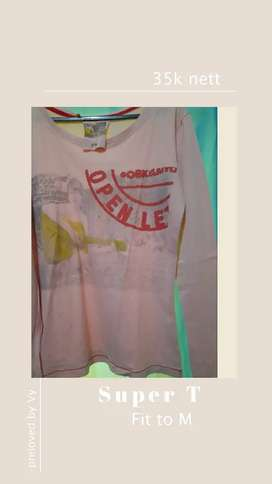 Kaos Super T (Preloved by Vy)