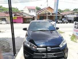 Toyota yaris  2015  TRD sportivo hitam batman eks pribadi