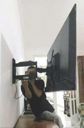 pemasangan bracket swivel gantungan tv led lcd untuk di dinding