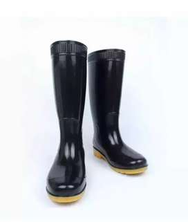 Long rubber rain boots available