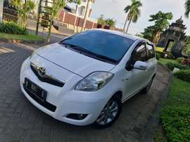 Yaris 1.5 E matic 2011 @ jazz E AT