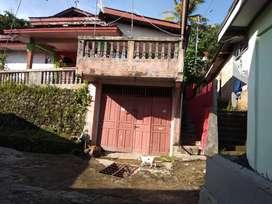 Dijual rumah luas tanah 600 meter