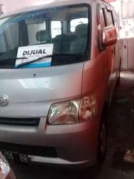 Daihatsu granmax d13 th 2012 mobil siap jalan Hg 68jt kredit dp13jt