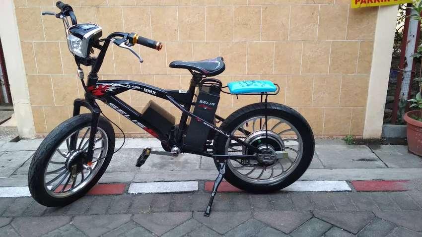 Sepeda Listrik SELIS BMX HITAM Keren 0