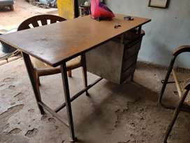 Office table with 2 chairs
