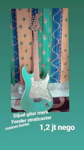 Gitar electrik fender stratocaster