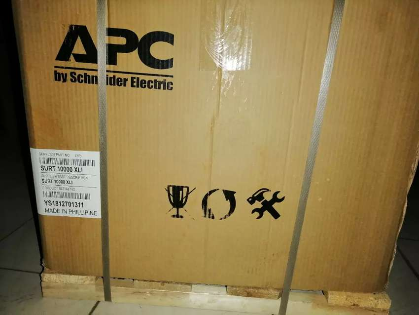 APC SURT 5/6 /10 KVA ONLINE UPS PURE SAIN WAVE NEW BOX PACK 0