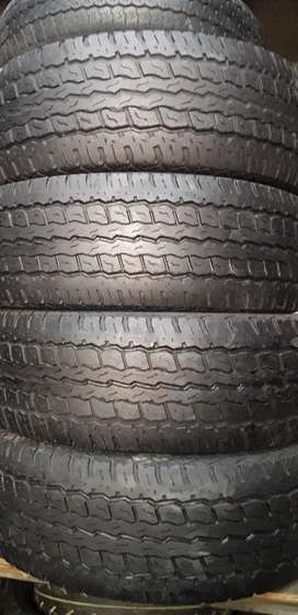 GOOD CONDITIONS SECOND HAND USED TYRES AVAILABLE FOR ALL VEHICCLES.
