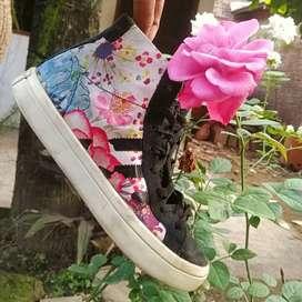 Sepatu Adidas Original Motif Flower No 36/37