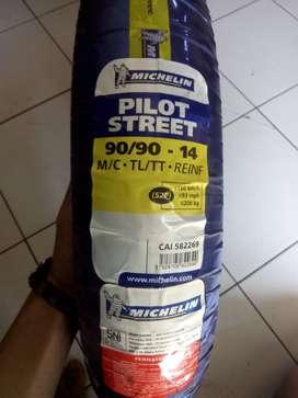 Jual murah Michelin pilot street 90/90-14 M/C. 225k!! 1 stok lagi!!