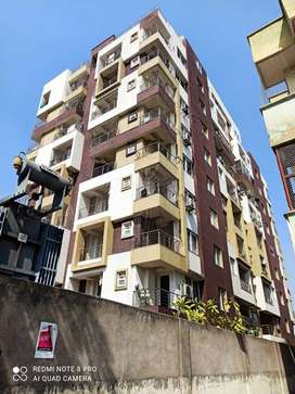 3bhk Sami furnished flatfor Rent in high rise building Vaishali nagar.