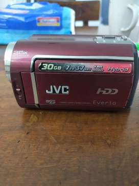 JVC HANDCAM HDD everio 30 GB