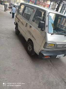 Maruti omni LPG STD BSlll    silver in colour