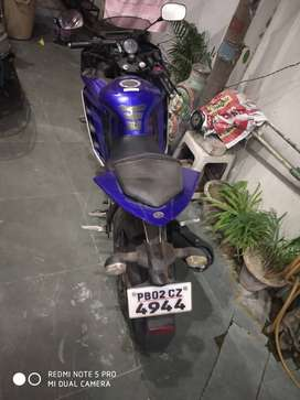 YamahaR15 in totally new condition without scratch