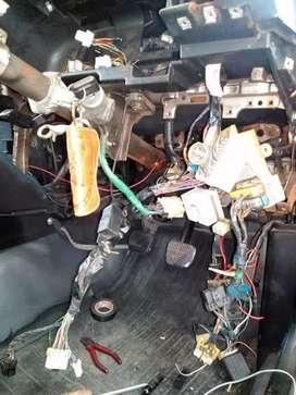 Bengkel mobil,mesin body dan interior