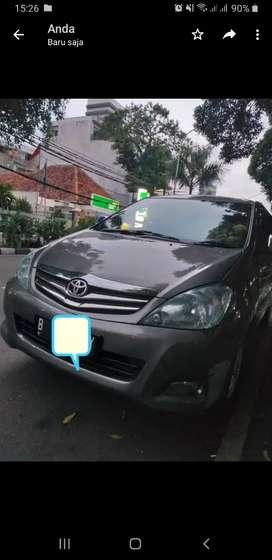 Toyota Kijang Innova V a/t 2010