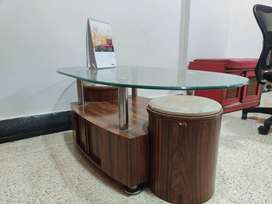 Glass & wooden tipai(coffee table)