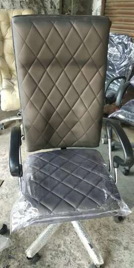 Work from home chairs 3000rs-6000rs